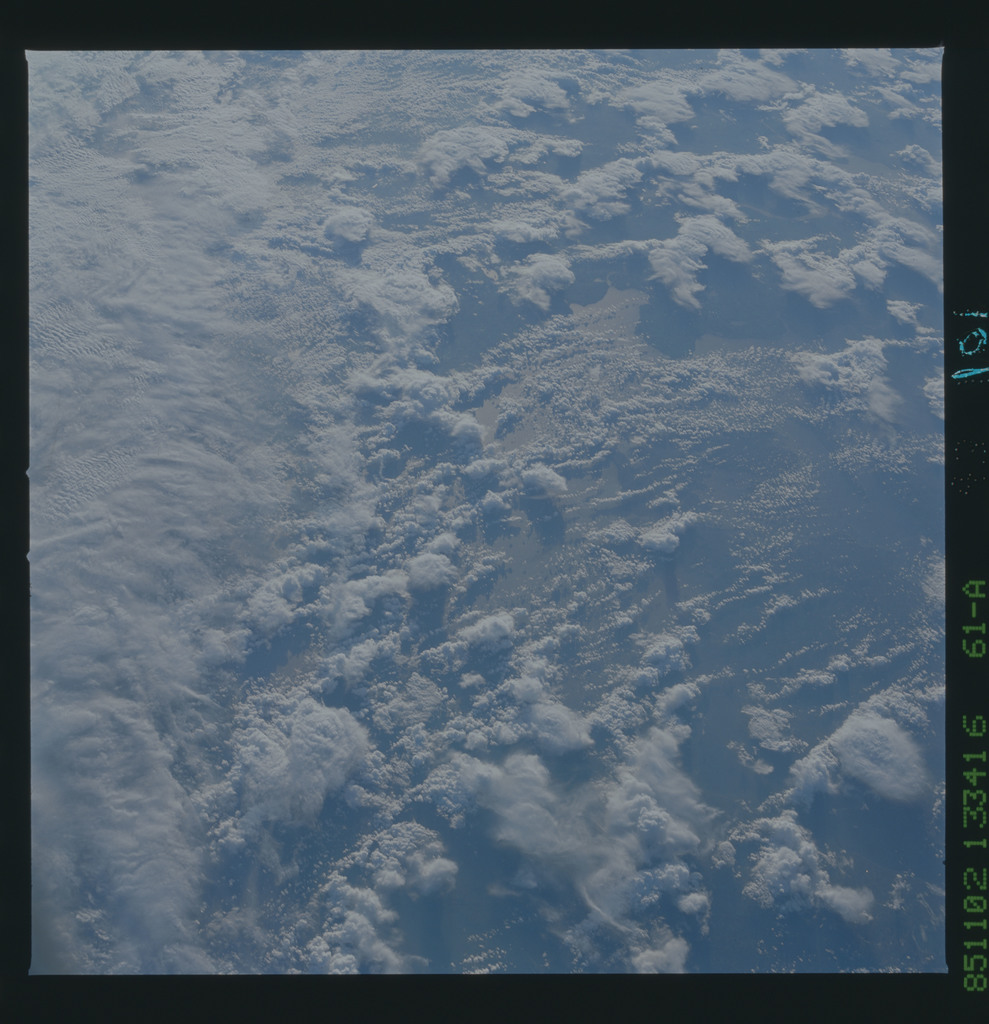 61A-43-101 - STS-61A - STS-61A earth observations