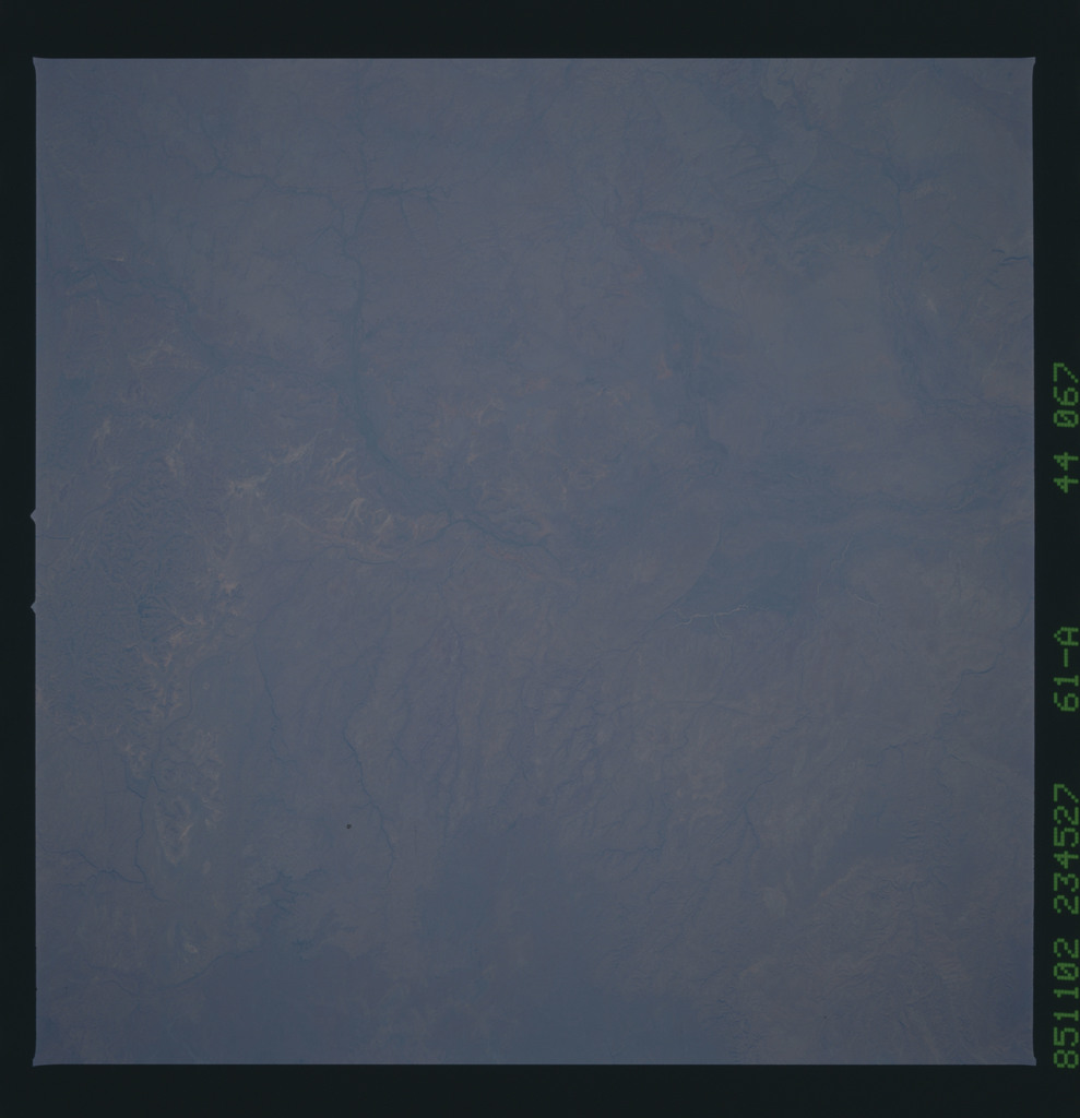 61A-44-067 - STS-61A - STS-61A earth observations