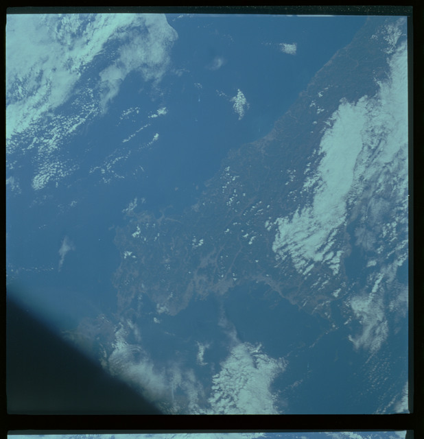 61A-468-006 - STS-61A - STS-61A ESA earth observations