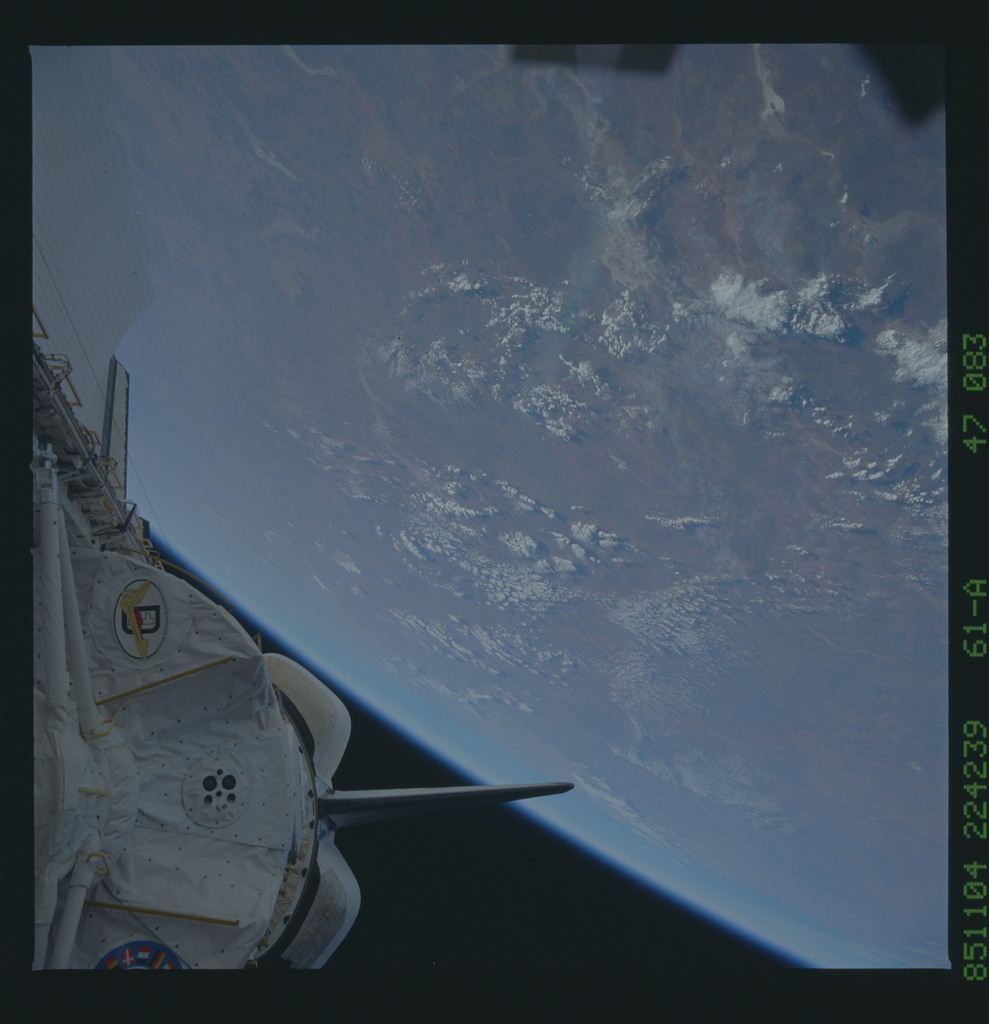 61A-47-083 - STS-61A - STS-61A earth observations
