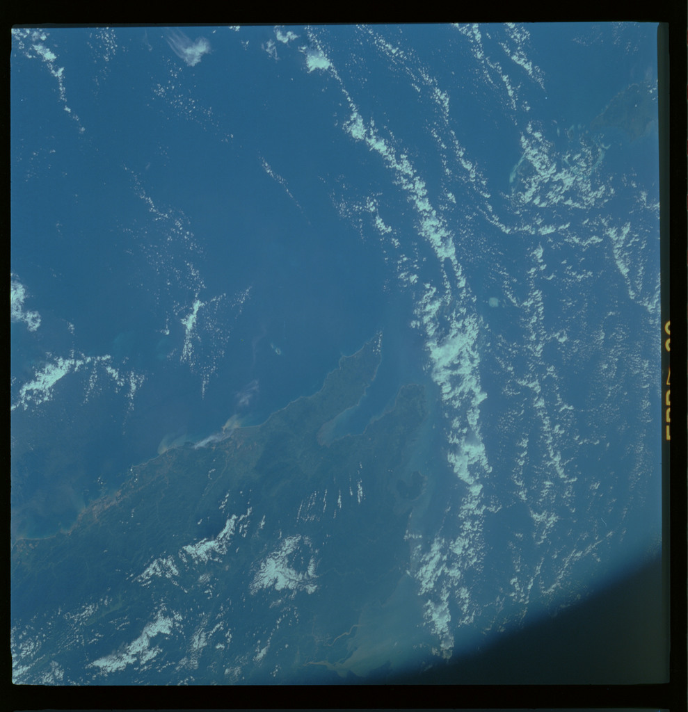 61A-485-013 - STS-61A - STS-61A ESA earth observations