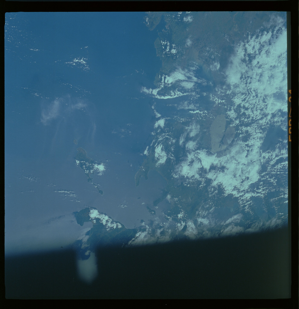61A-485-016 - STS-61A - STS-61A ESA earth observations