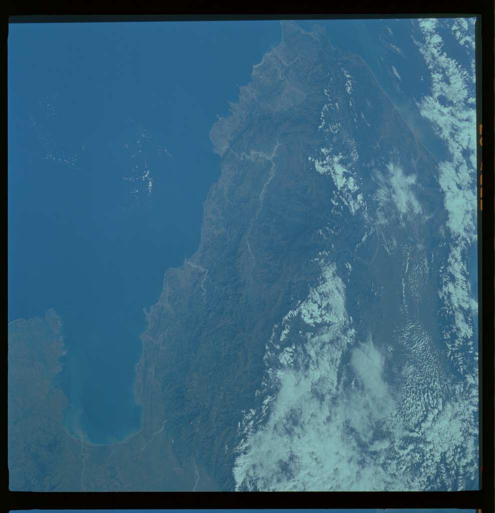 61A-485-018 - STS-61A - STS-61A ESA earth observations
