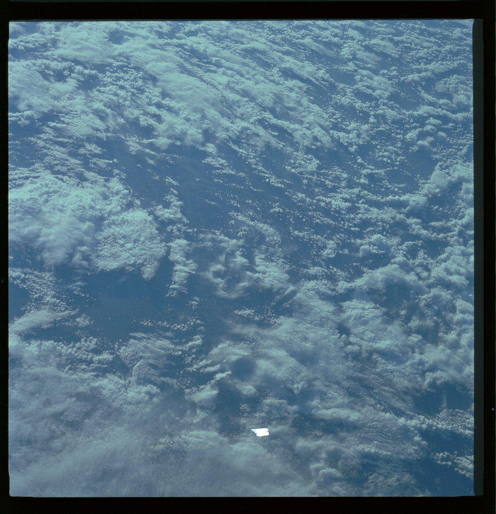 61A-486-005 - STS-61A - STS-61A ESA earth observations