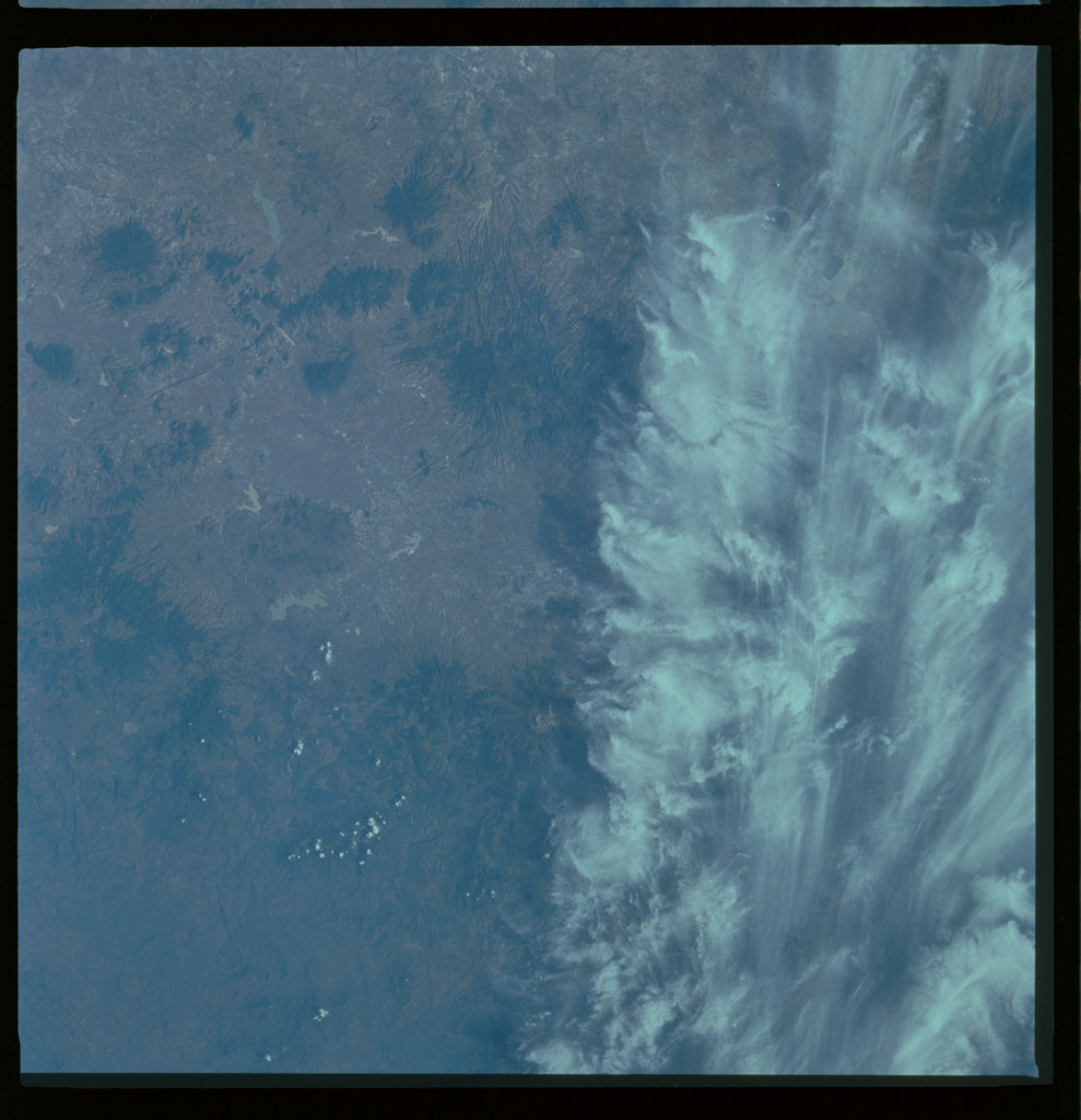 61A-486-006 - STS-61A - STS-61A ESA earth observations