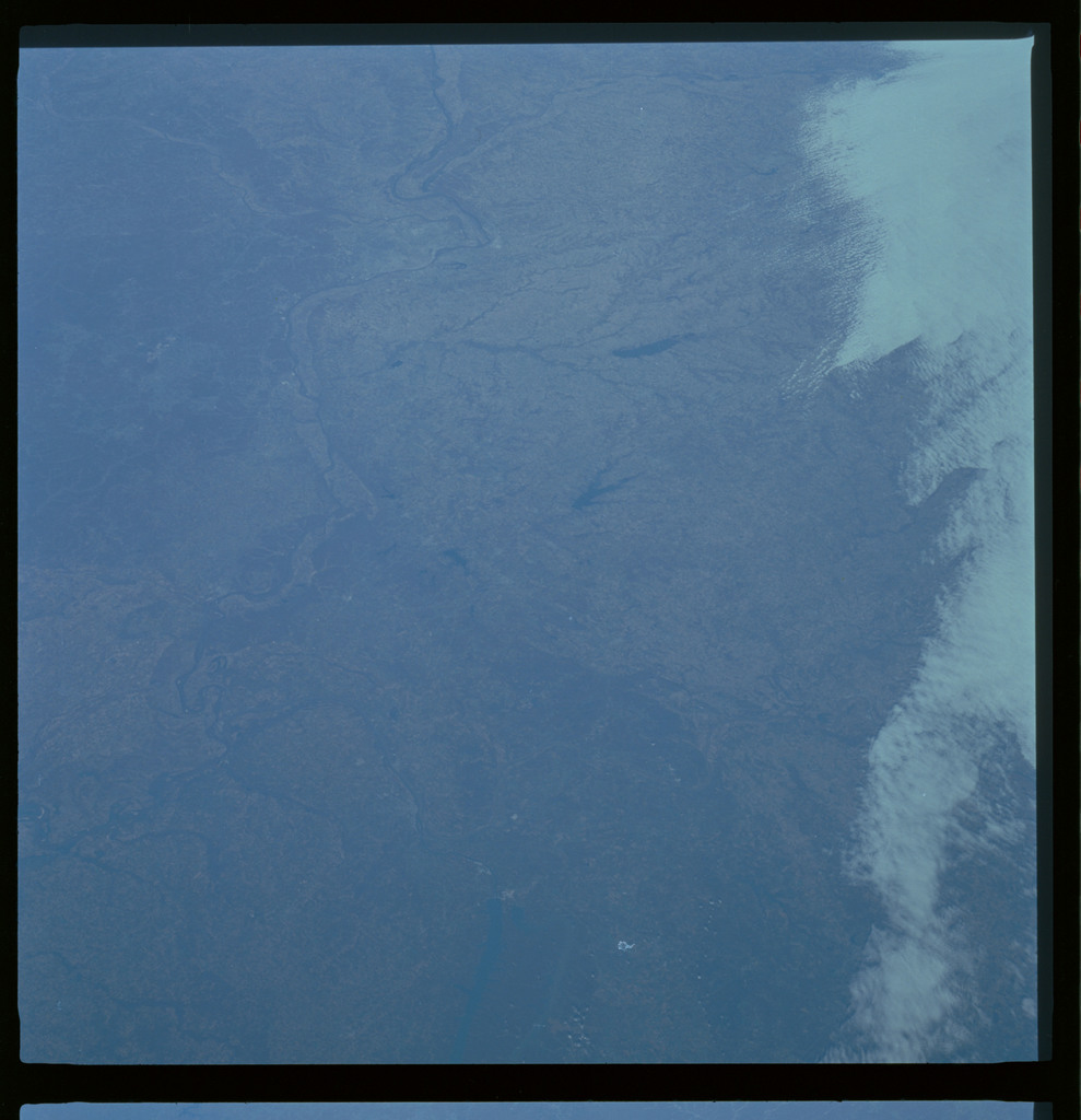 61A-486-019 - STS-61A - STS-61A ESA earth observations