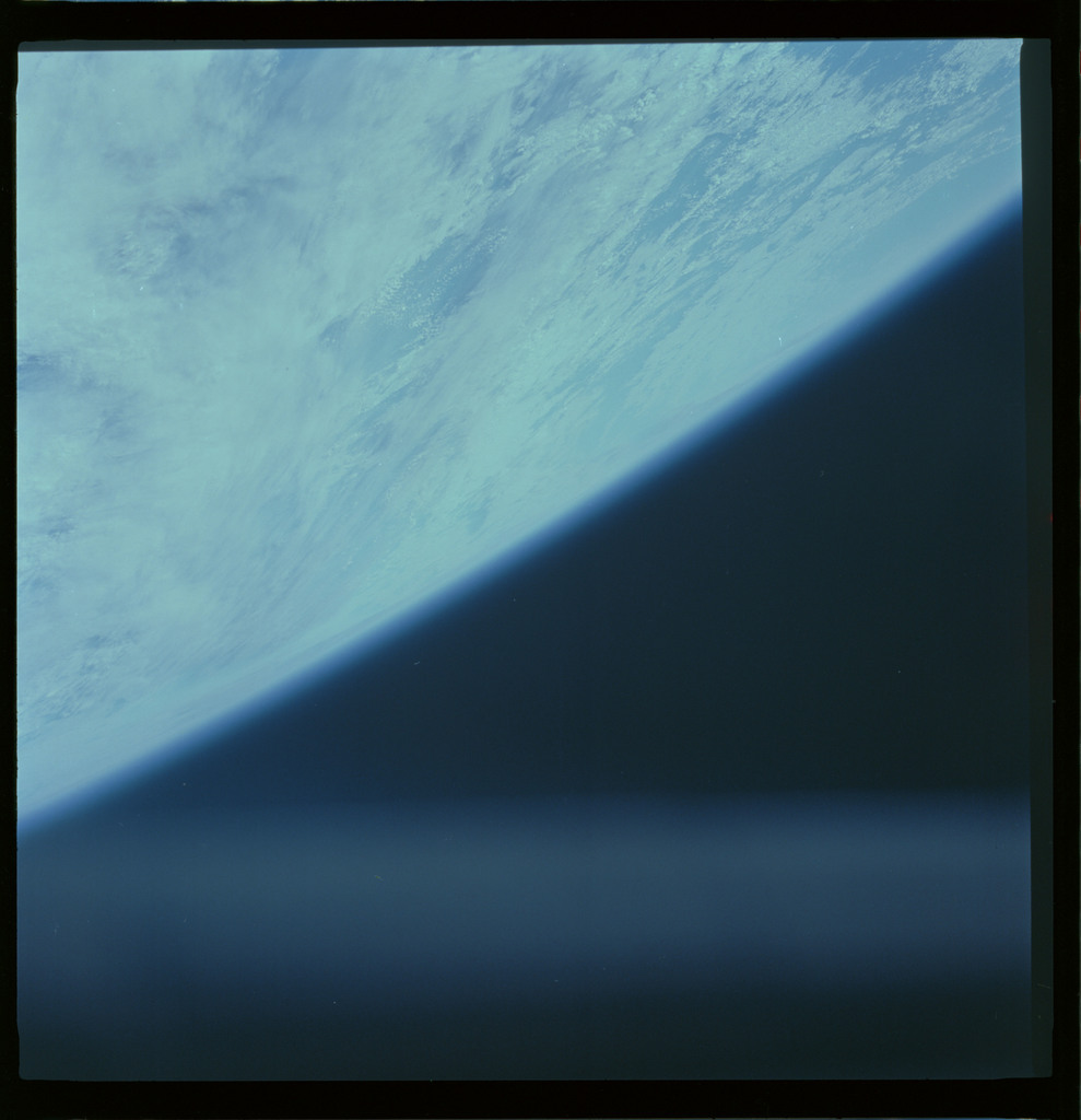 61A-487-002 - STS-61A - STS-61A ESA earth observations