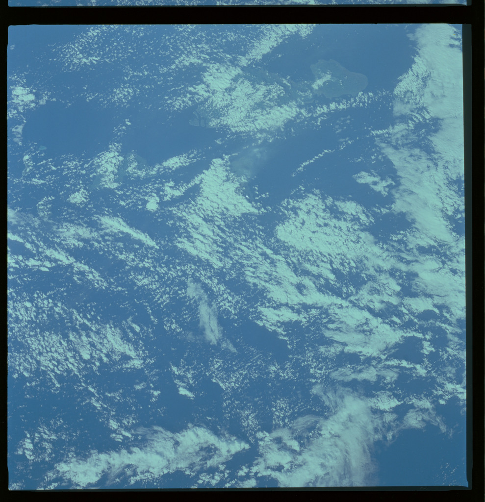 61A-487-004 - STS-61A - STS-61A ESA earth observations