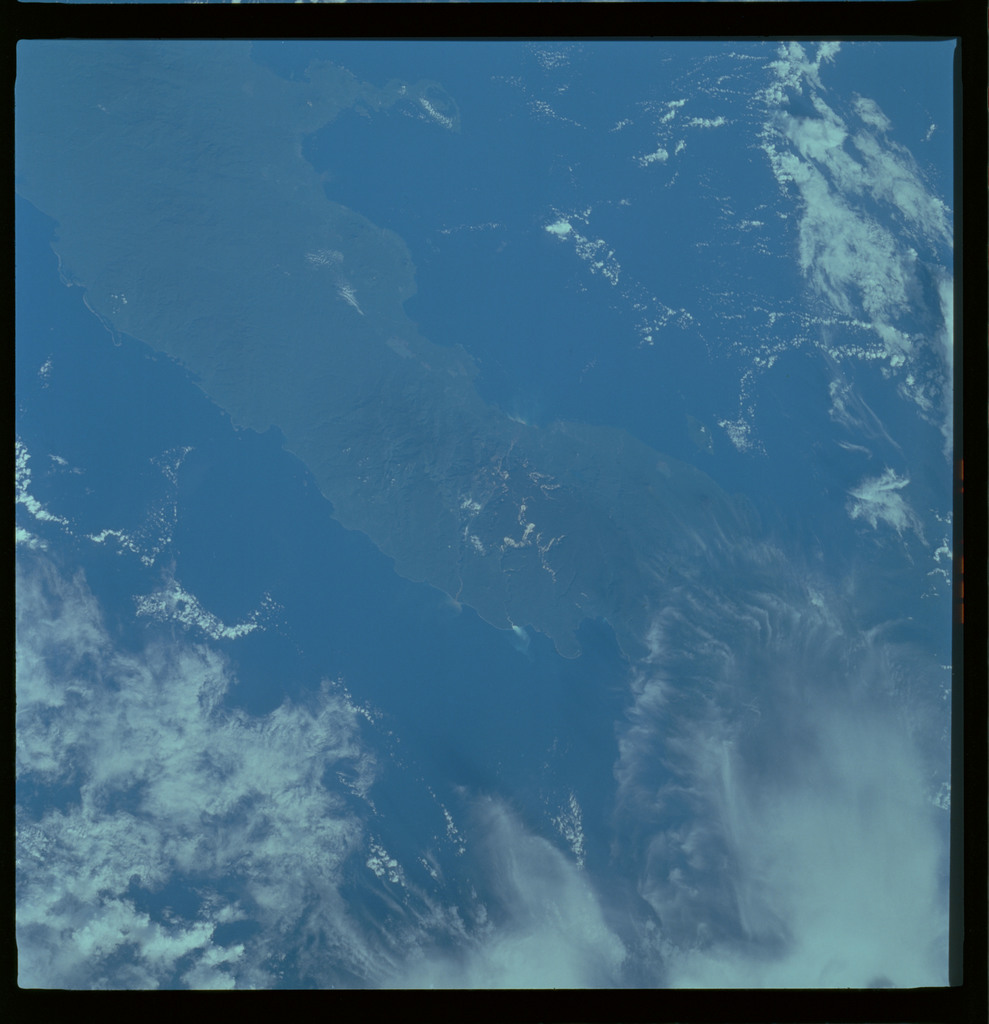 61A-487-011 - STS-61A - STS-61A ESA earth observations