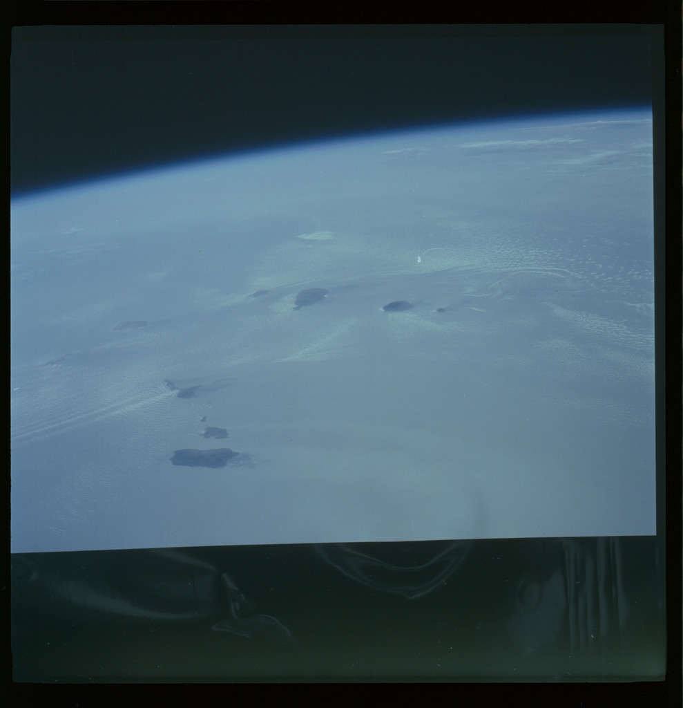61A-489-001 - STS-61A - STS-61A ESA earth observations