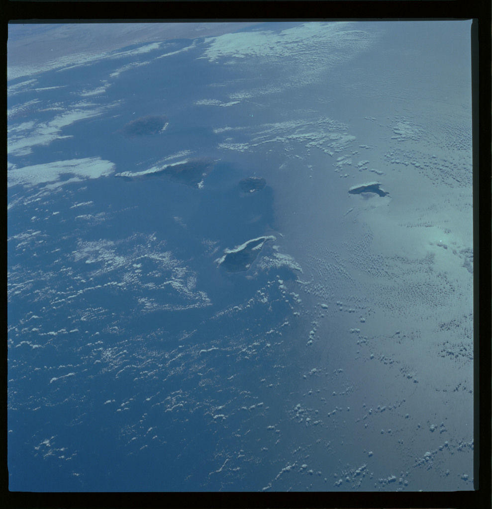 61A-489-004 - STS-61A - STS-61A ESA earth observations