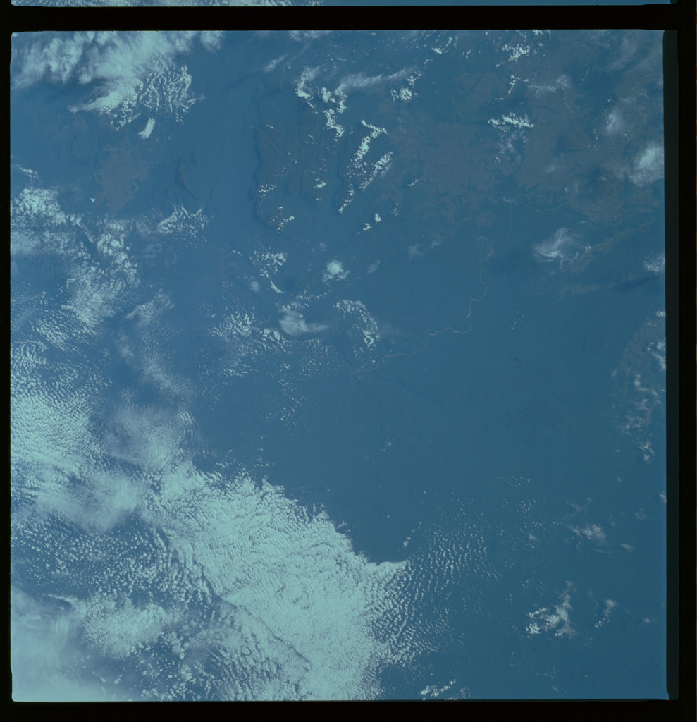61A-489-009 - STS-61A - STS-61A ESA earth observations