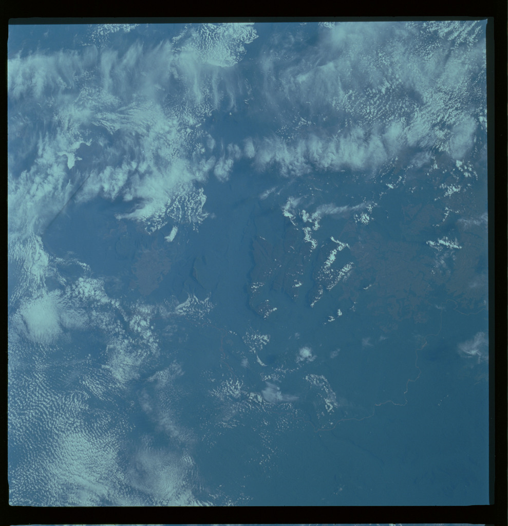 61A-489-010 - STS-61A - STS-61A ESA earth observations