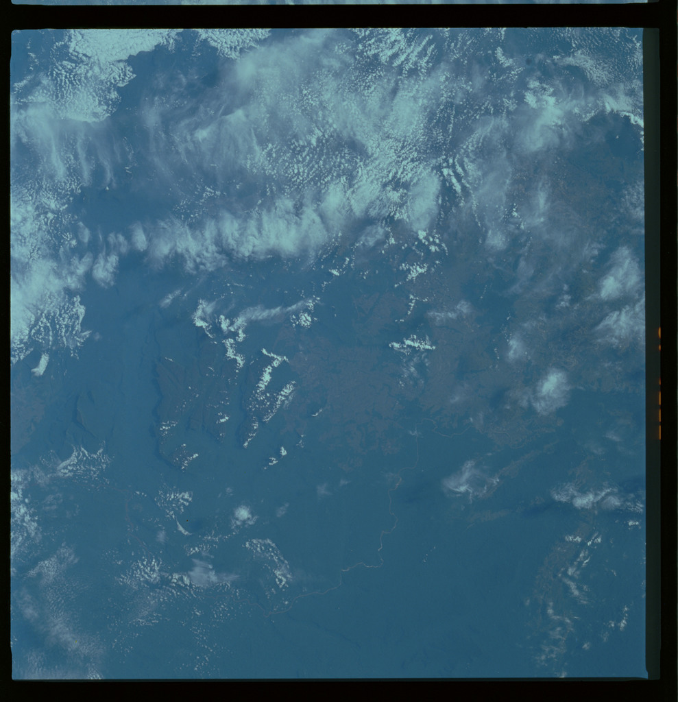 61A-489-011 - STS-61A - STS-61A ESA earth observations