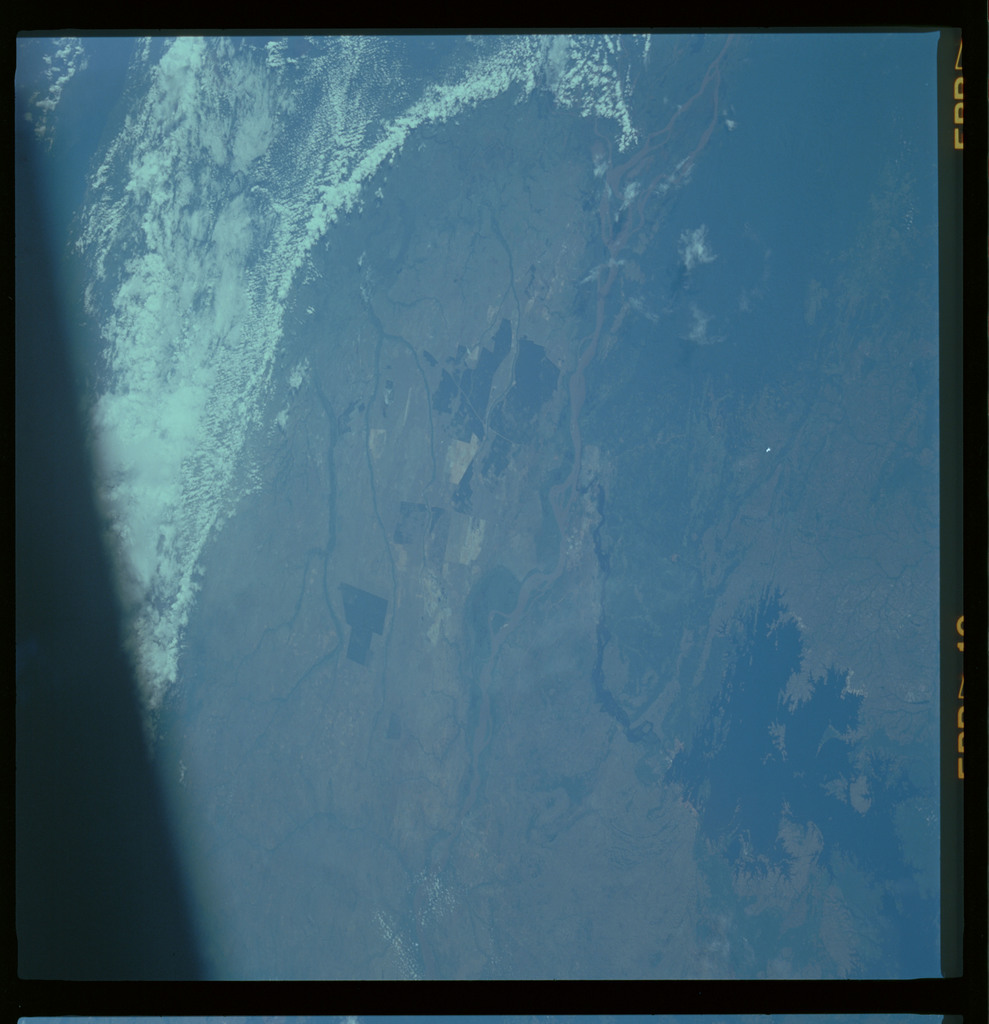 61A-489-013 - STS-61A - STS-61A ESA earth observations