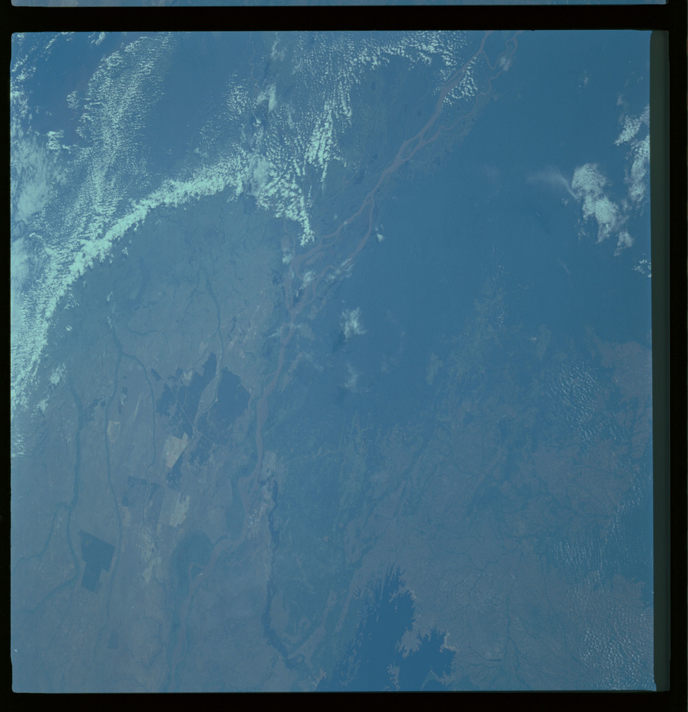 61A-489-014 - STS-61A - STS-61A ESA earth observations