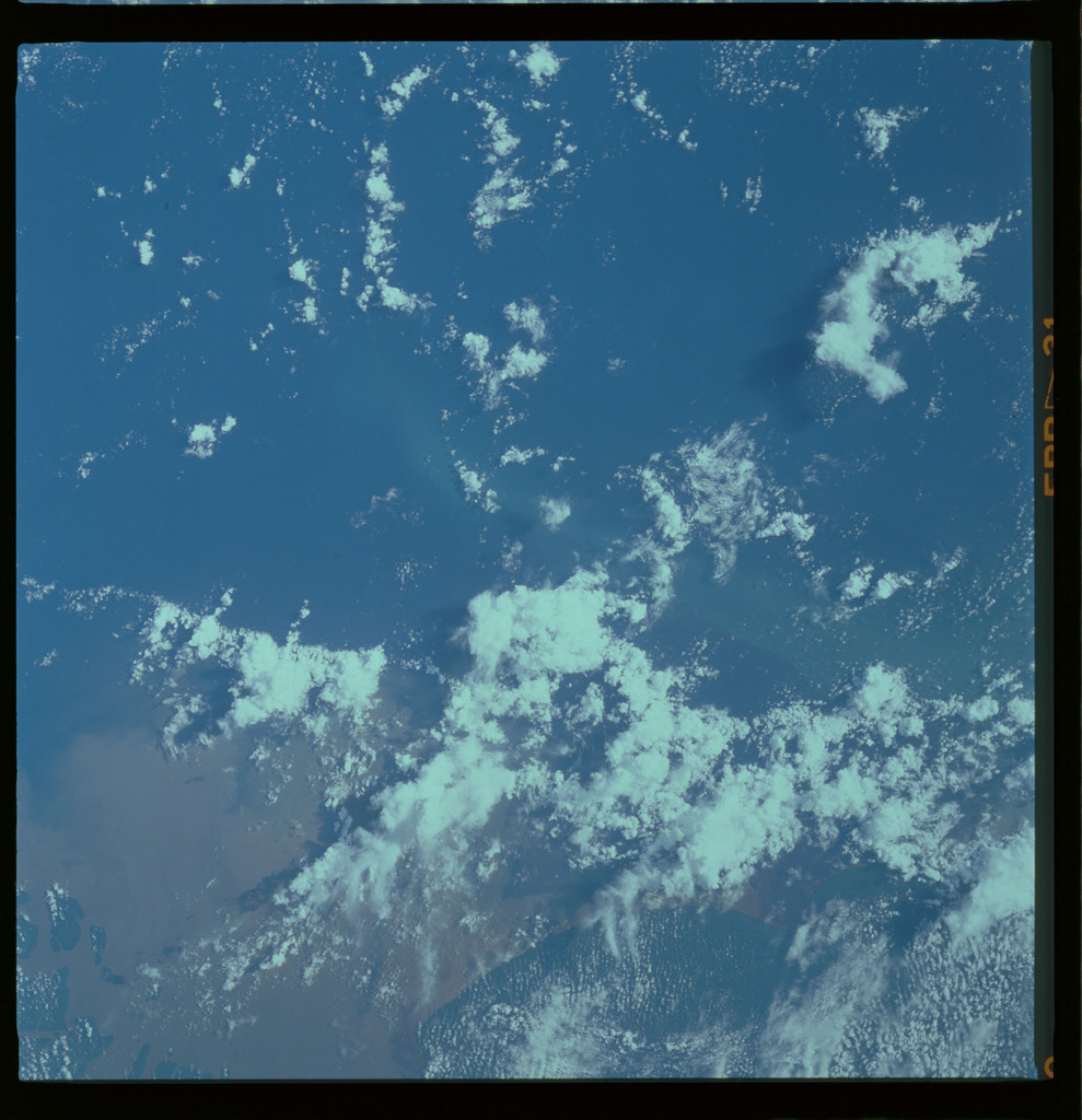61A-489-021 - STS-61A - STS-61A ESA earth observations