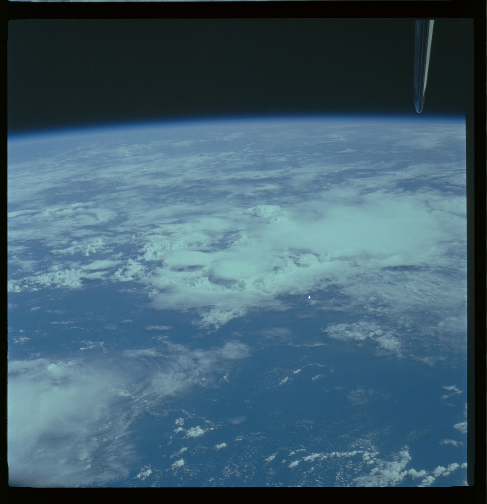 61A-490-002 - STS-61A - STS-61A ESA earth observations