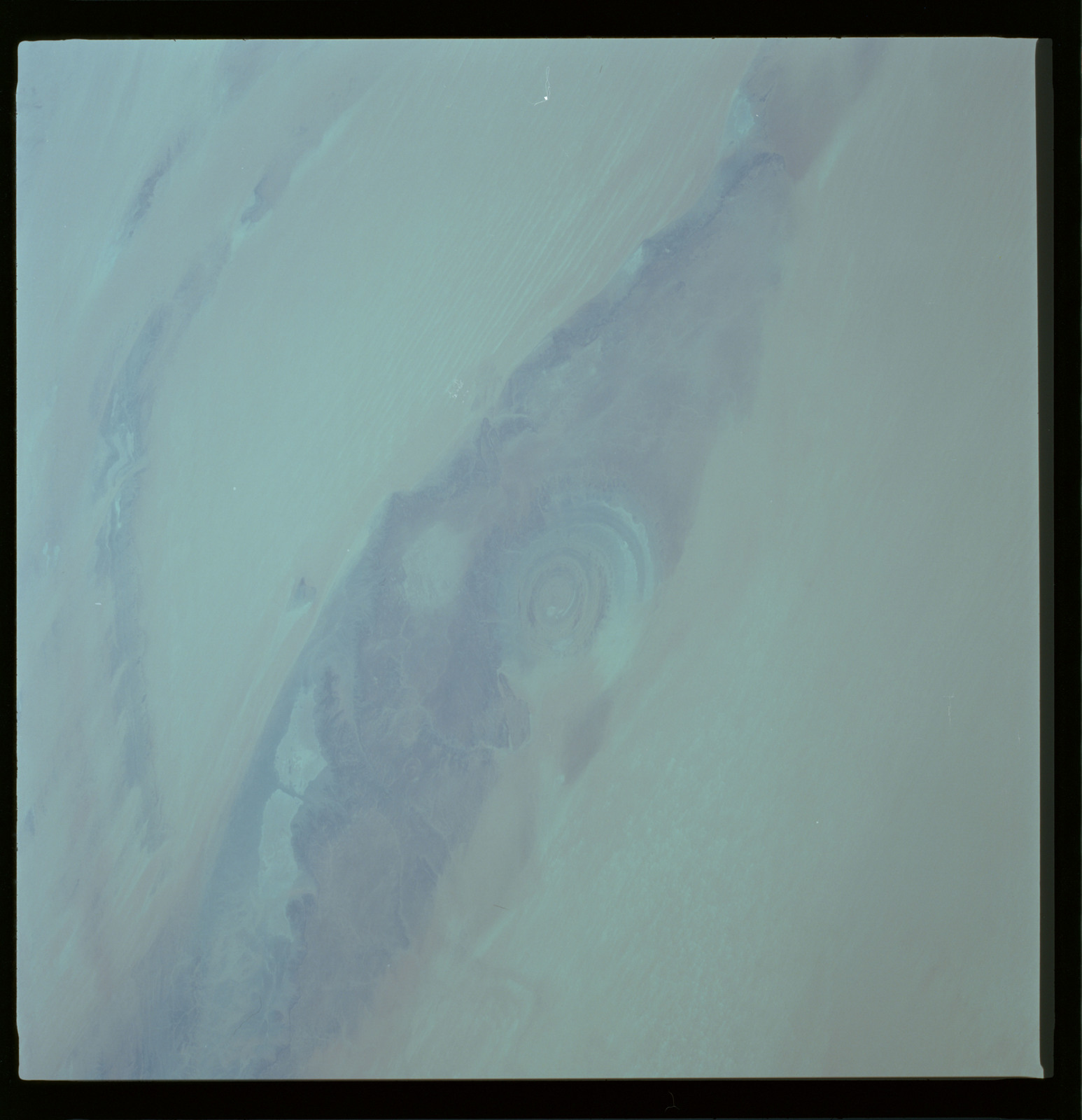 61A-490-007 - STS-61A - STS-61A ESA earth observations