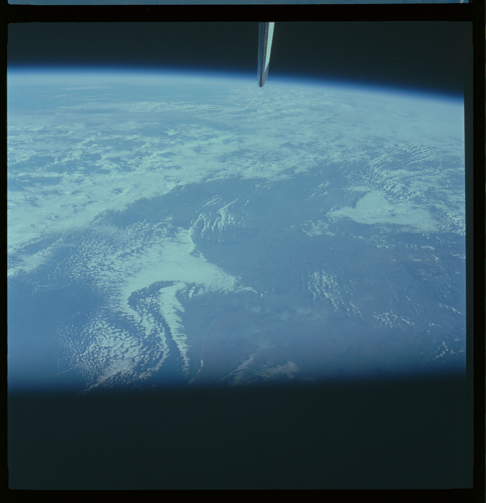 61A-490-013 - STS-61A - STS-61A ESA earth observations