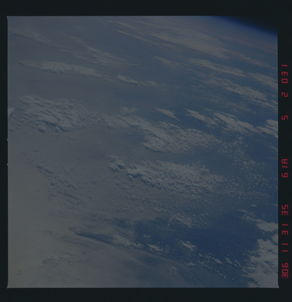 61A-52-031 - STS-61A - STS-61A earth observations