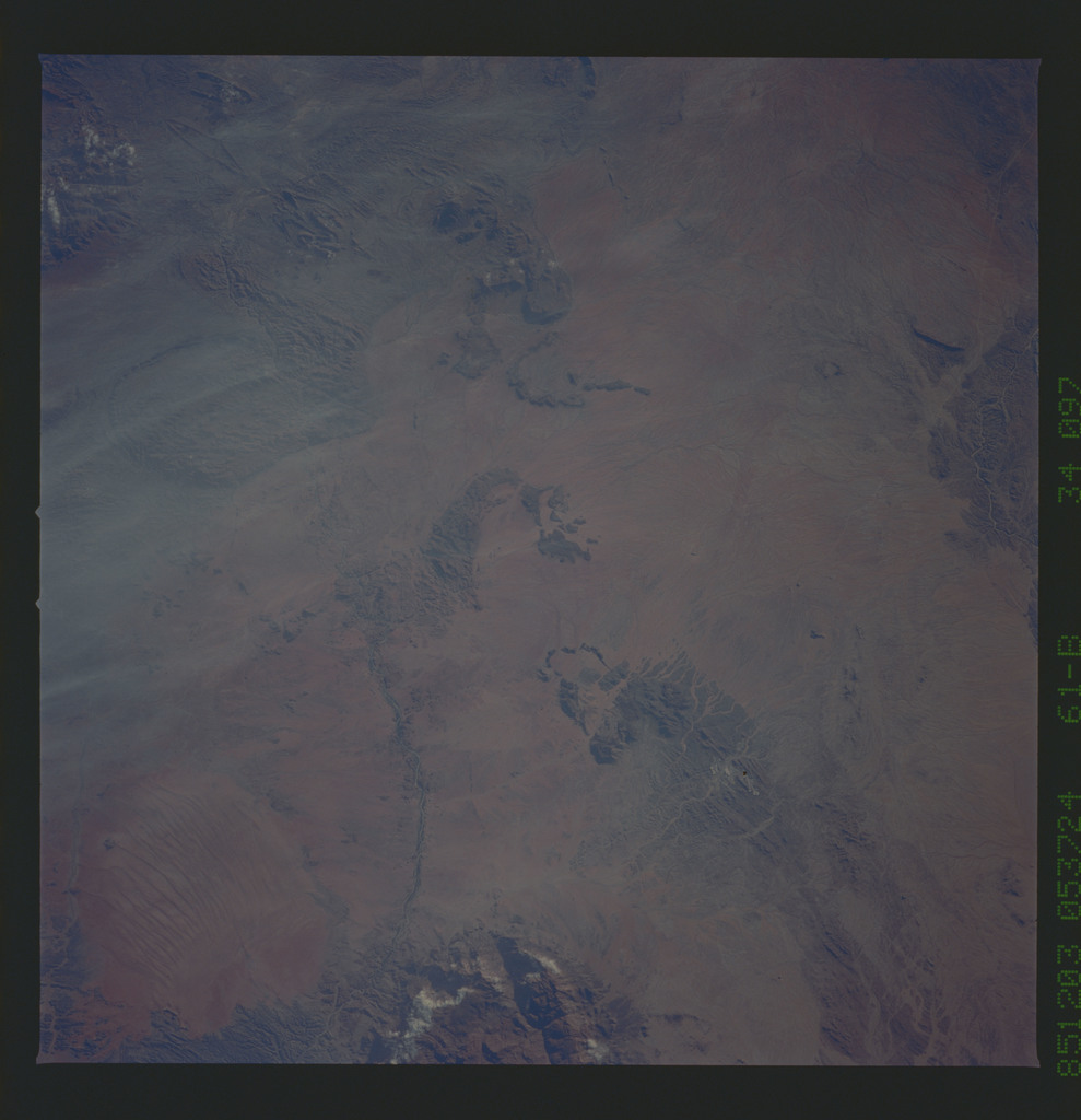 61B-34-097 - STS-61B - STS-61B earth observations