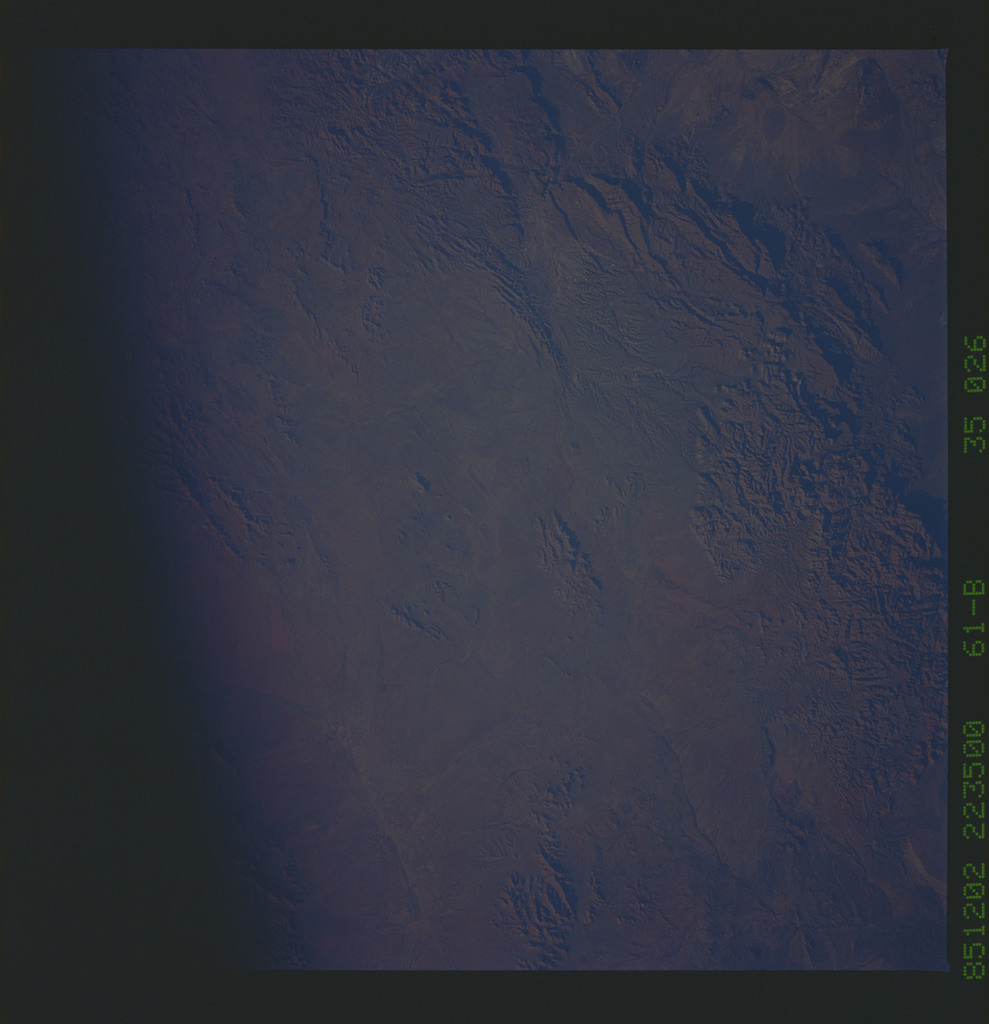 61B-35-026 - STS-61B - STS-61B earth observations