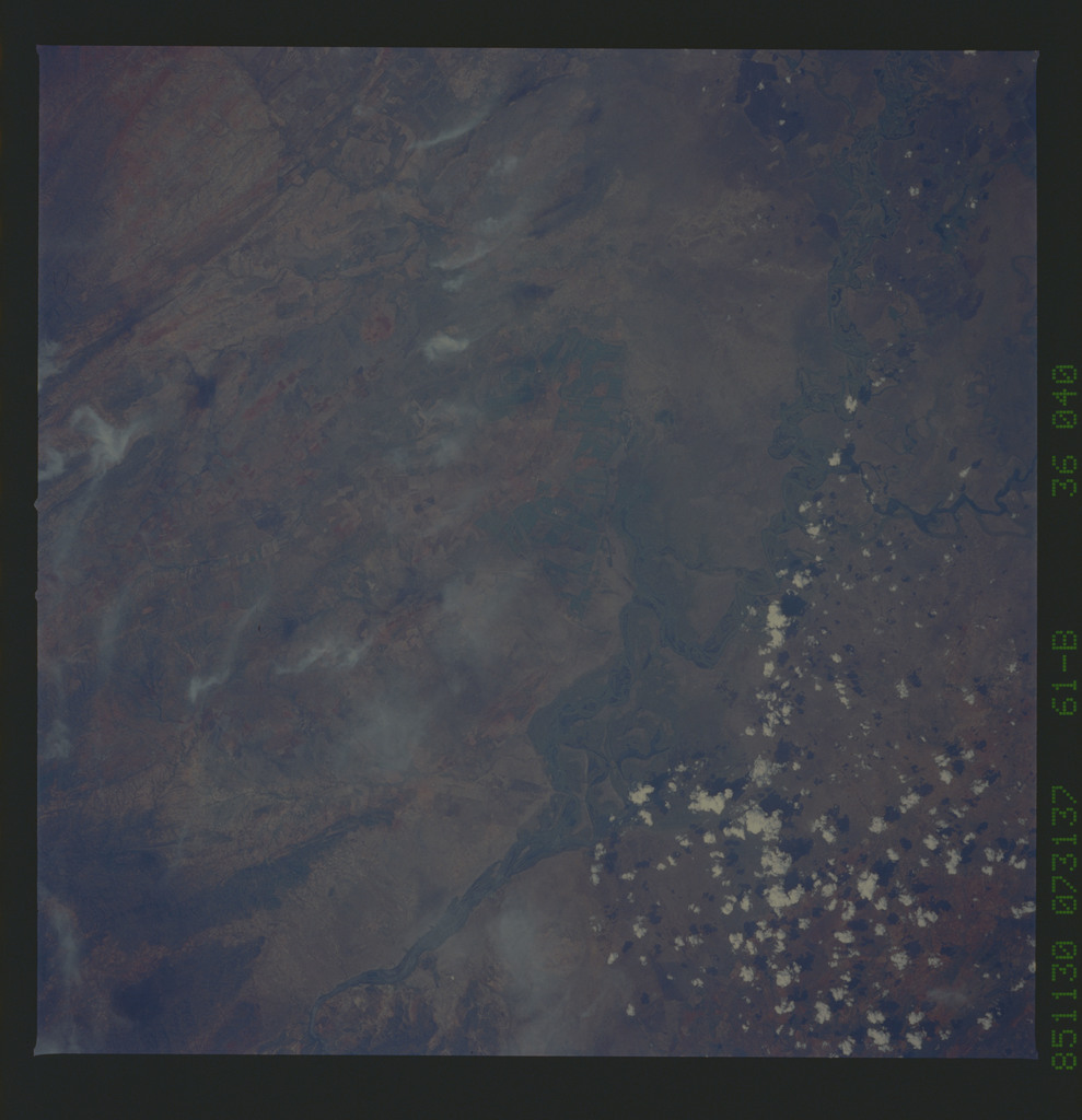 61B-36-040 - STS-61B - STS-61B earth observations