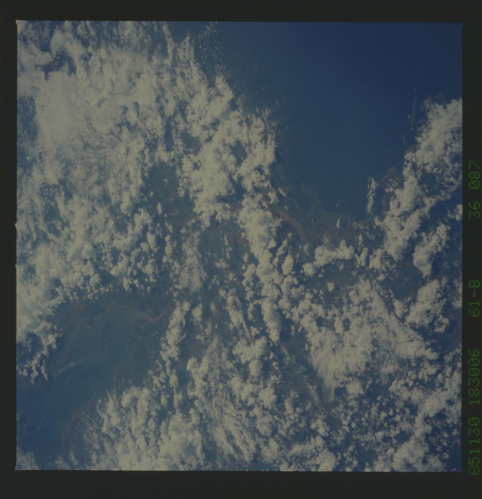 61B-36-087 - STS-61B - STS-61B earth observations