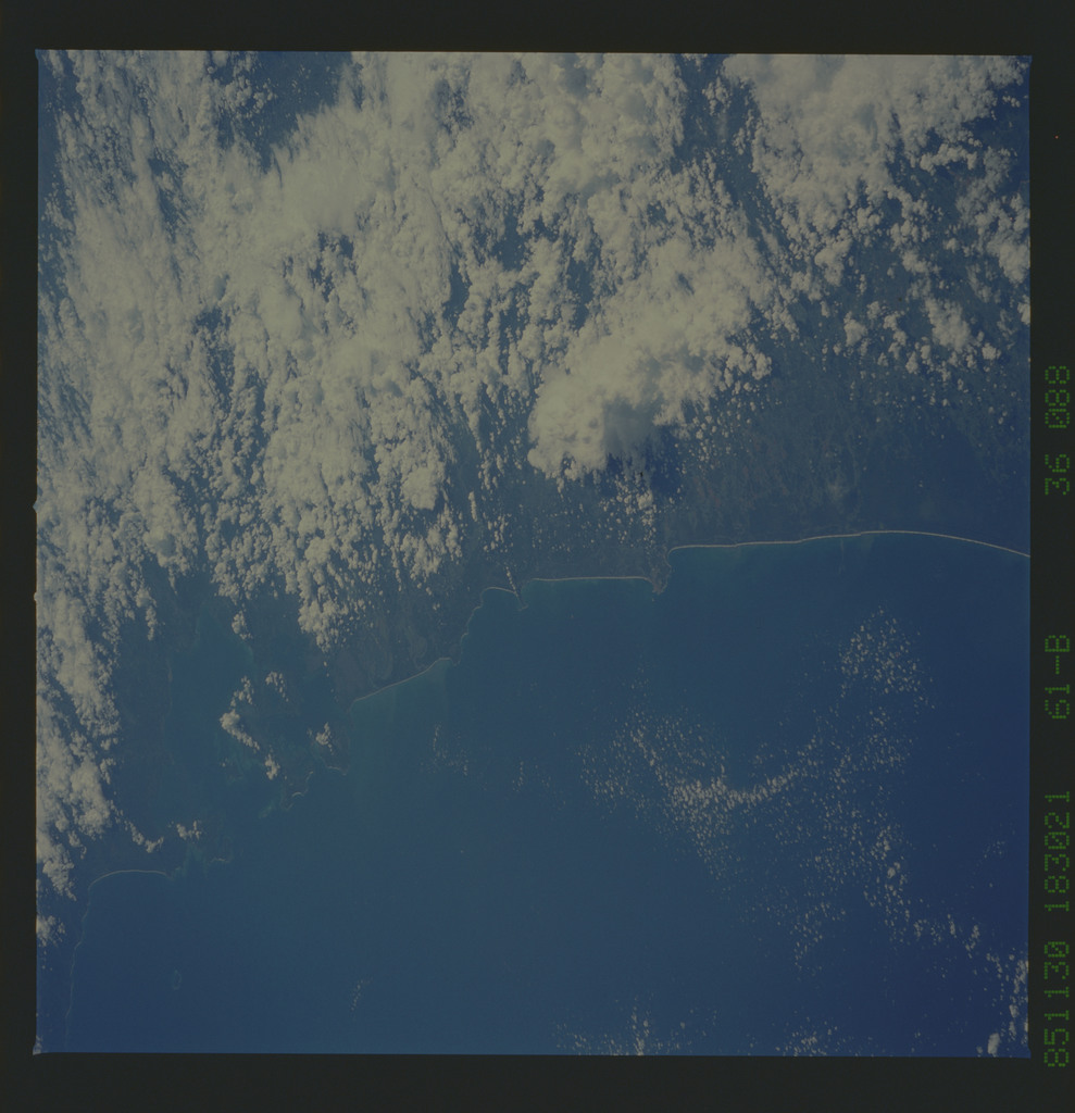 61B-36-088 - STS-61B - STS-61B earth observations