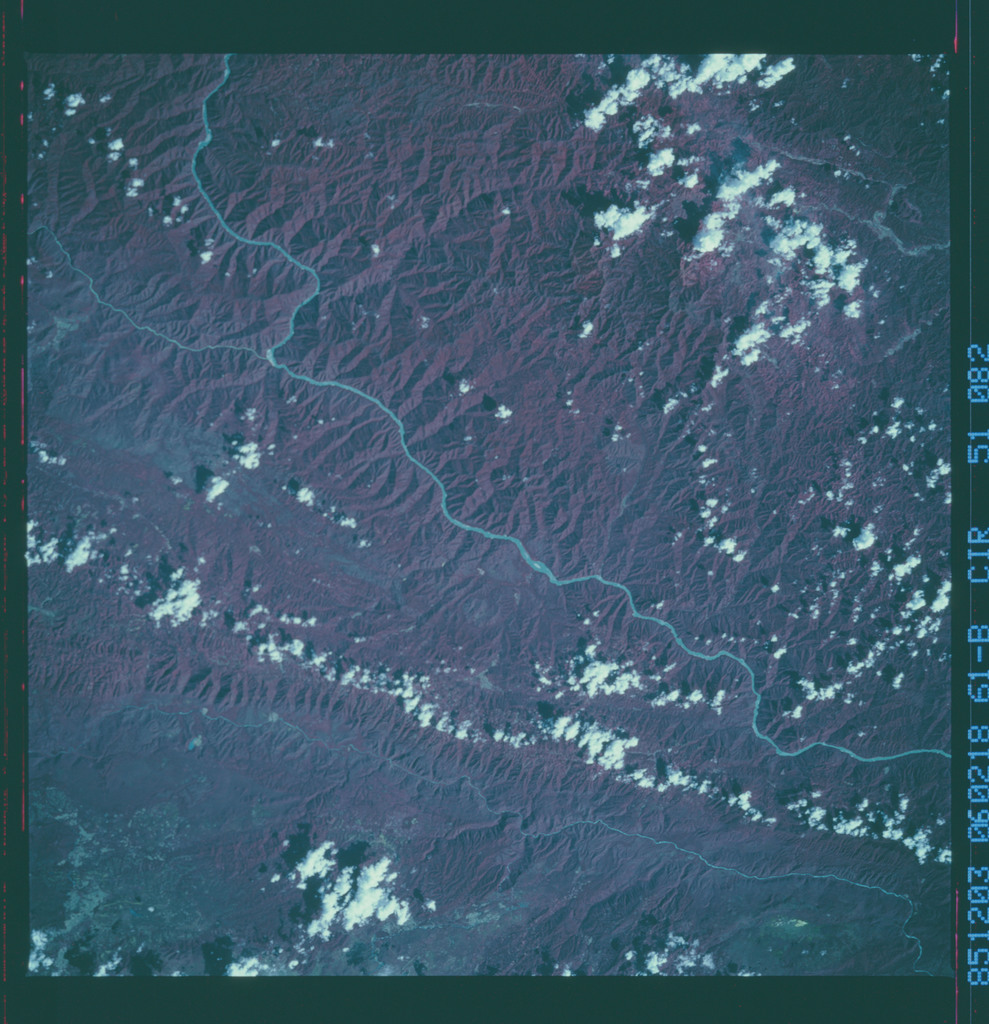 61B-51-082 - STS-61B - STS-61B earth observations
