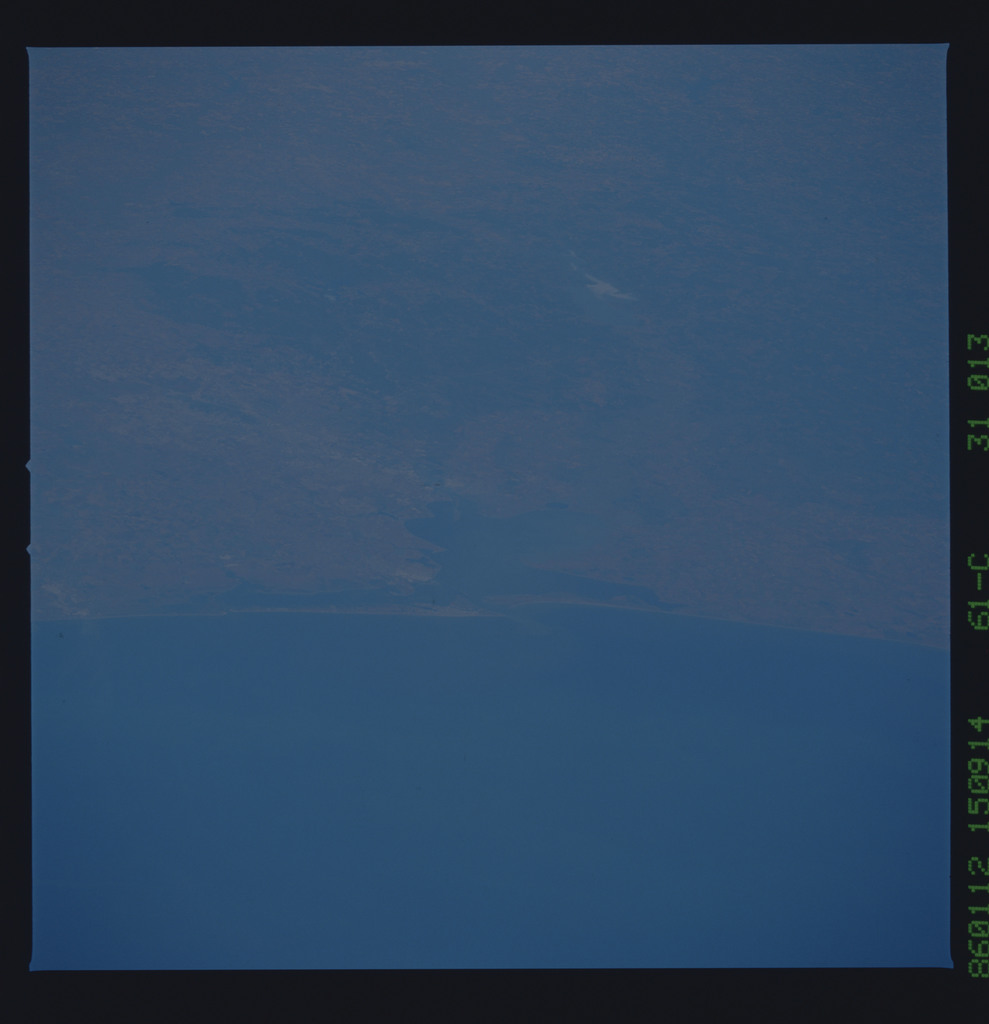 61C-31-013 - STS-61C - STS-61C earth observations