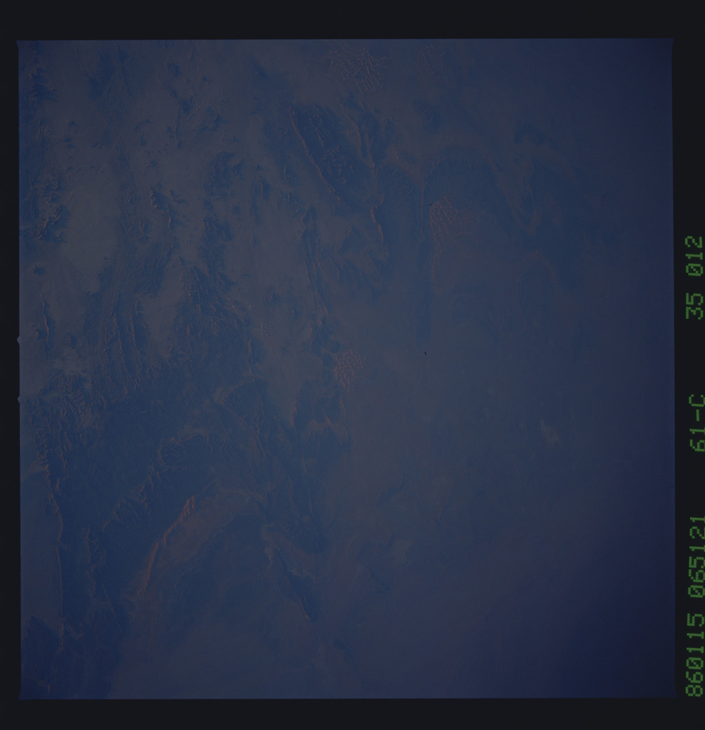 61C-35-012 - STS-61C - STS-61C earth observations