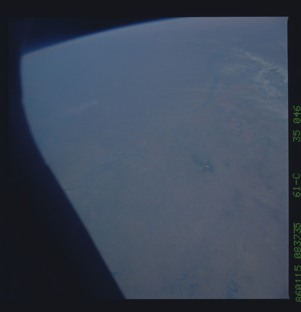 61C-35-046 - STS-61C - STS-61C earth observations