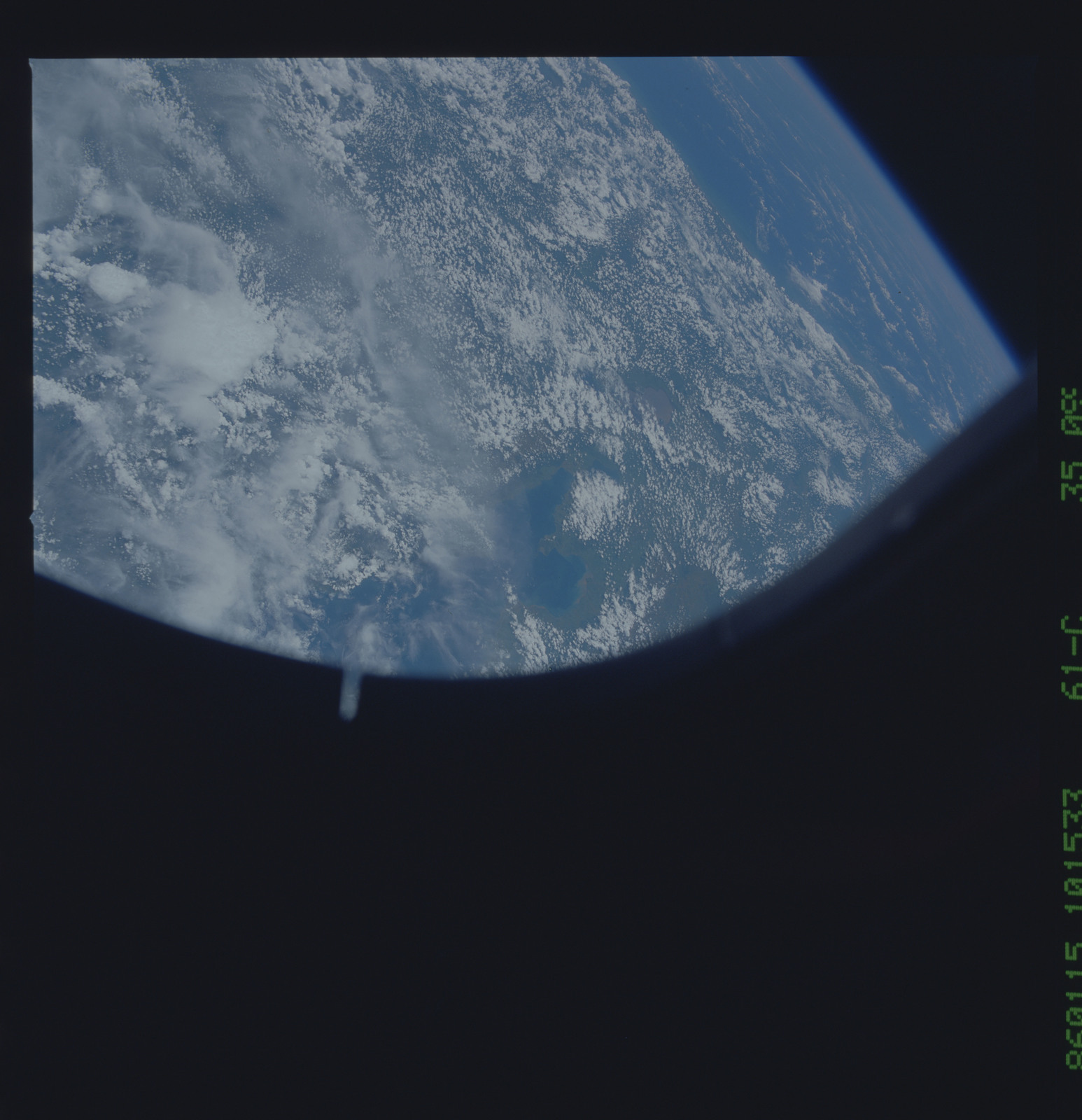 61C-35-099 - STS-61C - STS-61C earth observations
