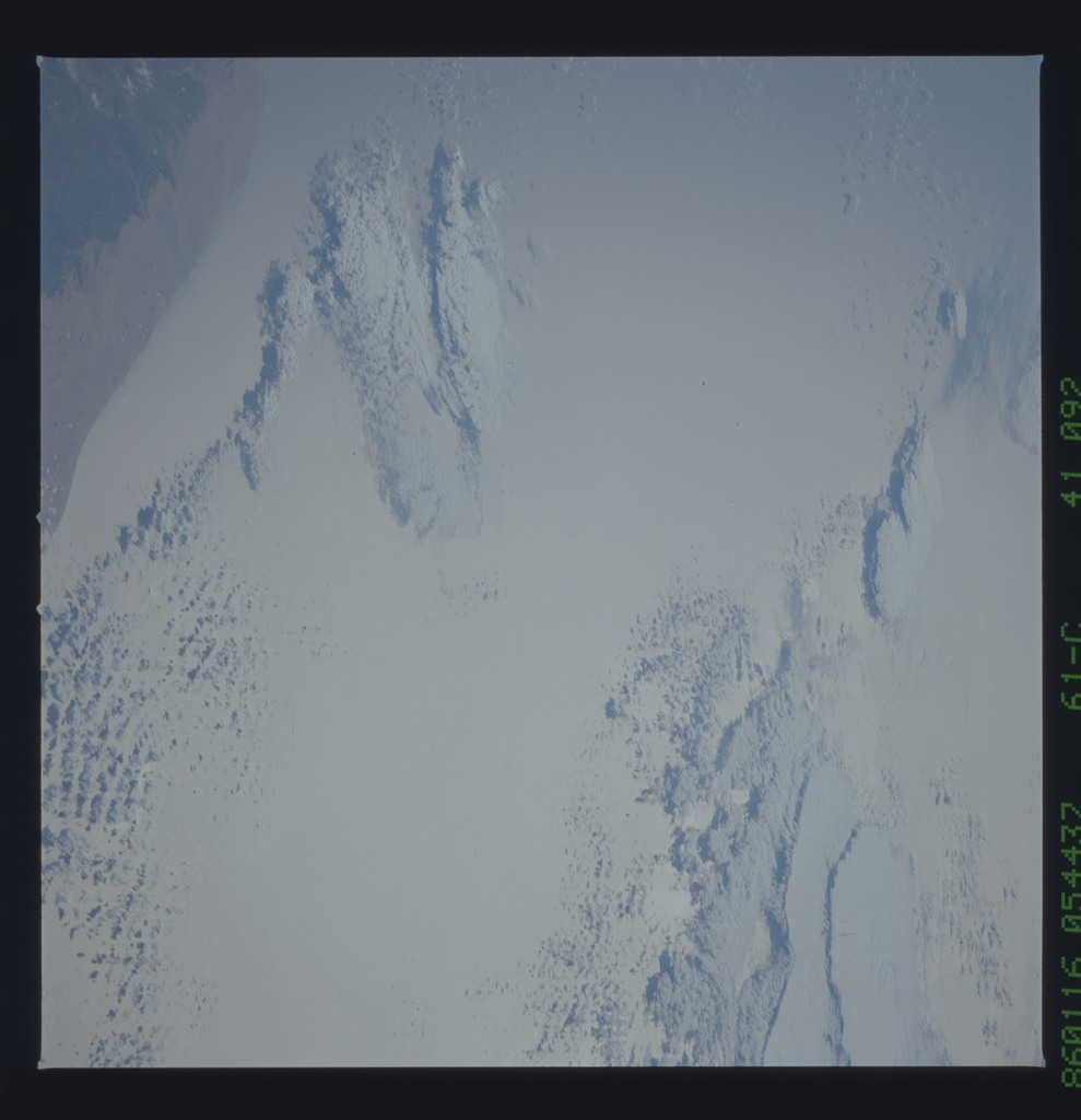 61C-41-092 - STS-61C - STS-61C earth observations