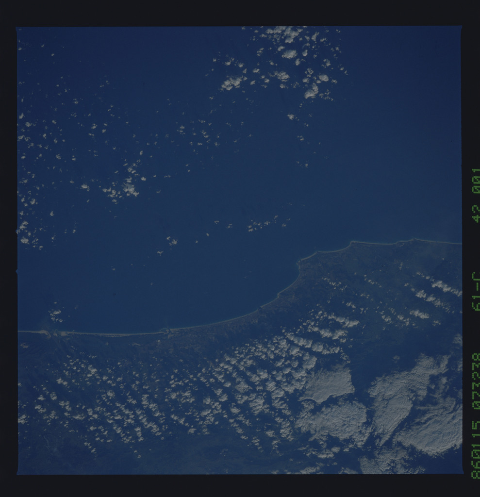61C-42-001 - STS-61C - STS-61C earth observations