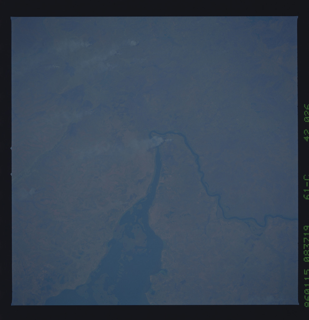 61C-42-026 - STS-61C - STS-61C earth observations