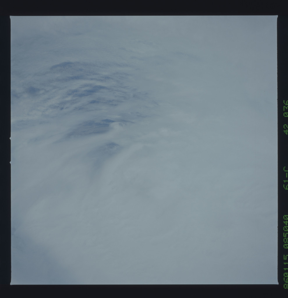 61C-42-036 - STS-61C - STS-61C earth observations