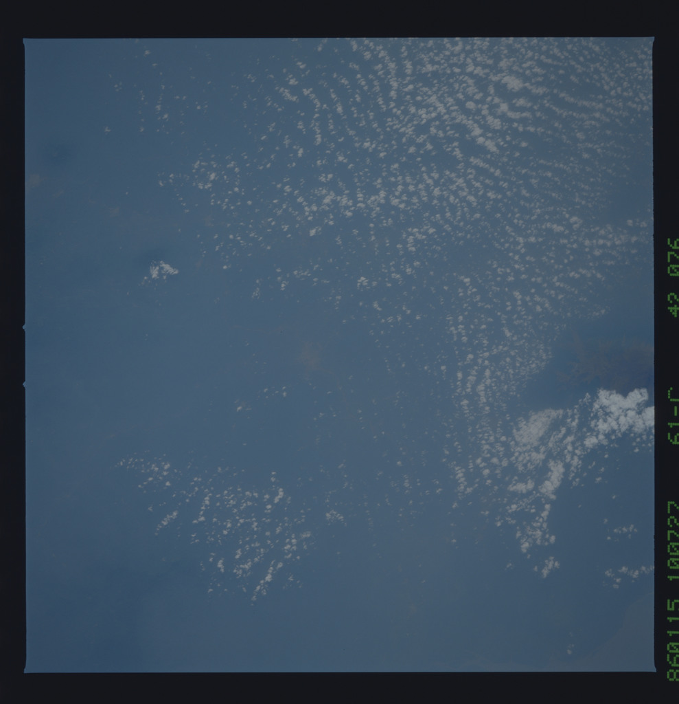 61C-42-076 - STS-61C - STS-61C earth observations