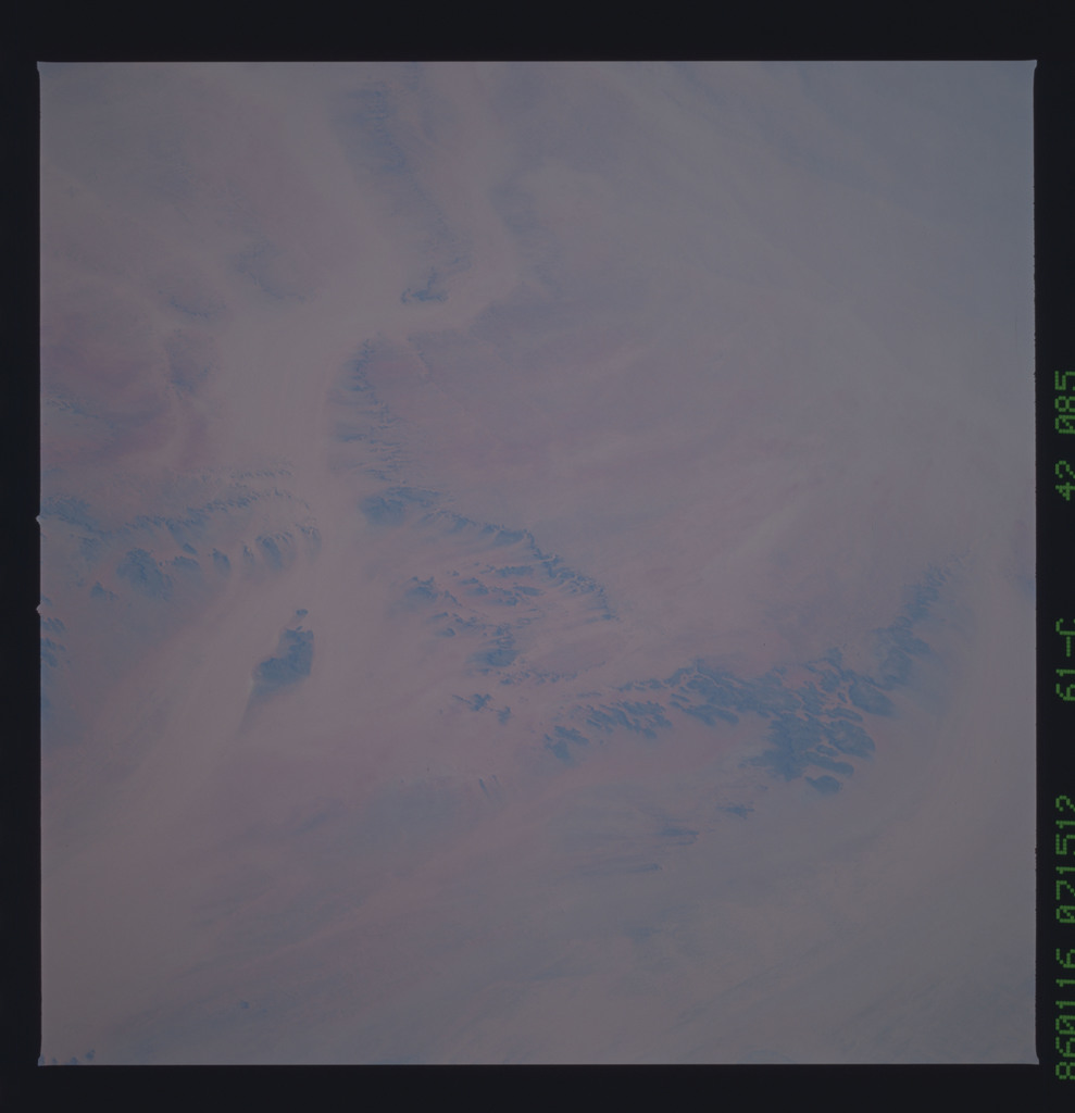 61C-42-085 - STS-61C - STS-61C earth observations