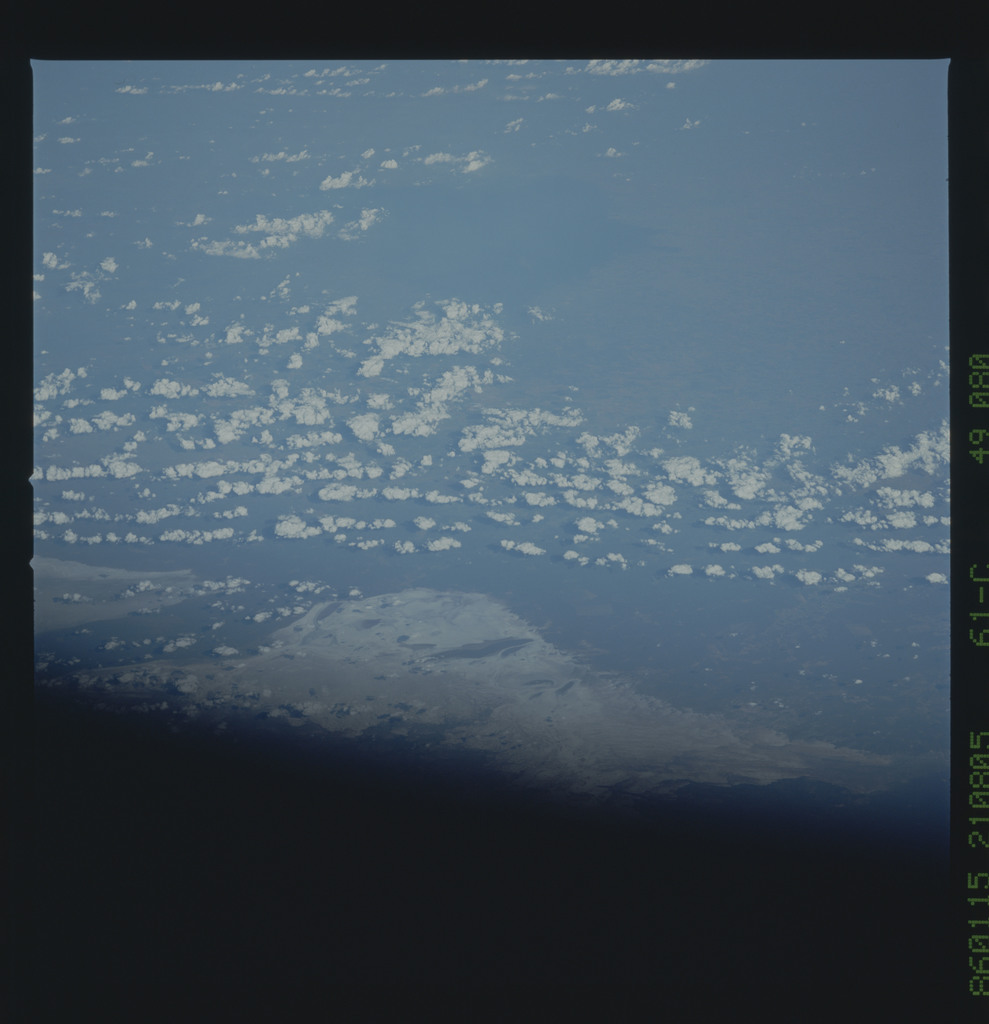 61C-49-080 - STS-61C - STS-61C earth observations