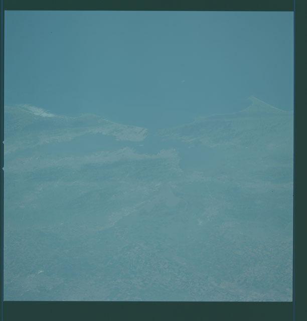 S01-12-305 - STS-001 - California, San Francisco Bay area