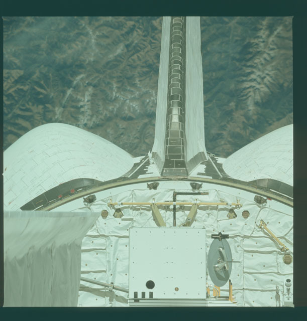 S02-10-628 - STS-002 - Aft section of Columbia's payload bay