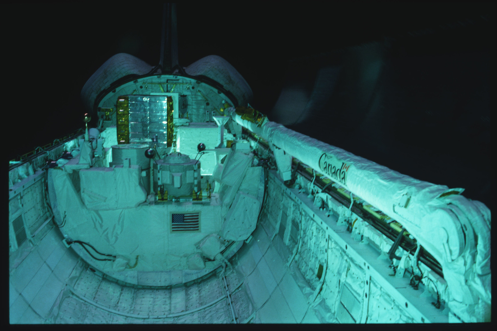 S03-24-202 - STS-003 - Overall views of payload bay taken from the aft flight deck viewing windows