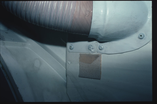 S03-31-292 - STS-003 - Closeups of leak on airlock ARS circulation duct