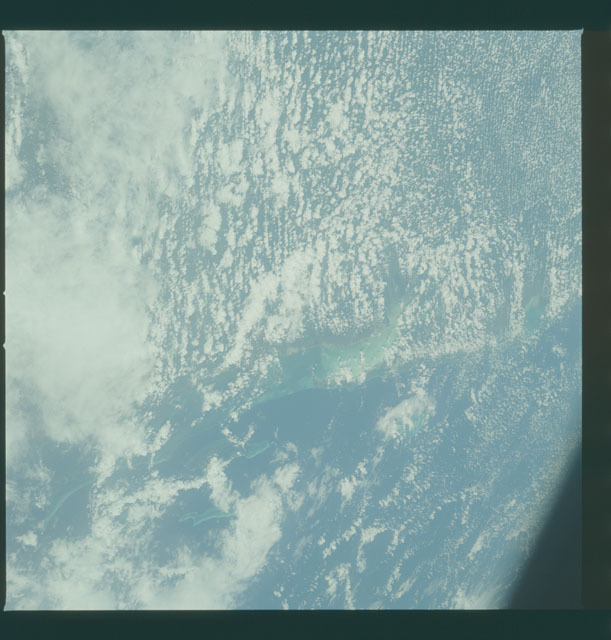 S05-37-770 - STS-005 - Earth observations taken during STS-5 mission