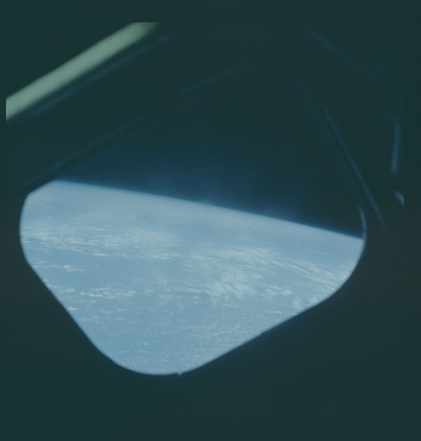 S05-46-1980 - STS-005 - Earth observations taken during STS-5 mission
