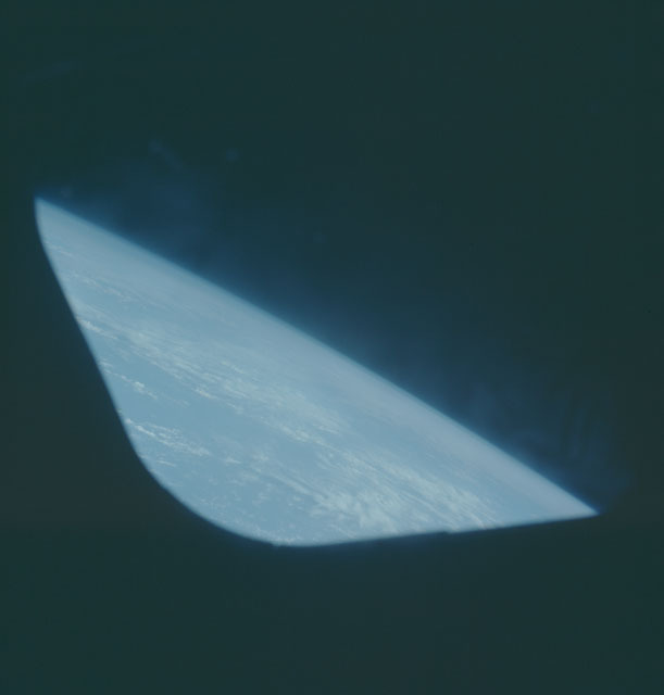 S05-46-1981 - STS-005 - Earth observations taken during STS-5 mission