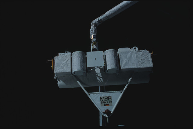 S07-25-1396 - STS-007 - Shuttle Pallet Satellite (SPAS) 01 grappled and released by RMS end effector